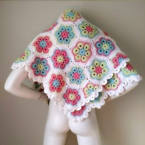 Vtg Handknit Granny Square Sweater Shawl Blanket